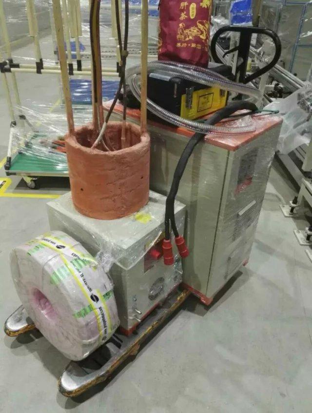 比亚迪发动机热配合安装现场