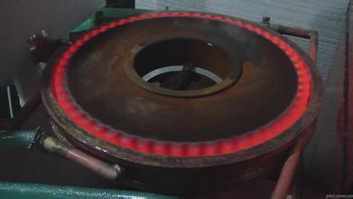 低淬透性钢的齿轮感应淬火有什么特点?